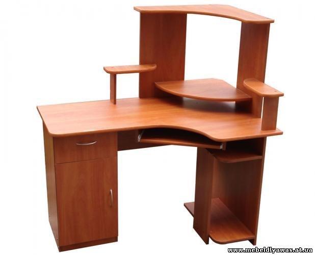 Чем удобен хороший компьютерный стол? . Во-первых разбирать и собирать его очень просто